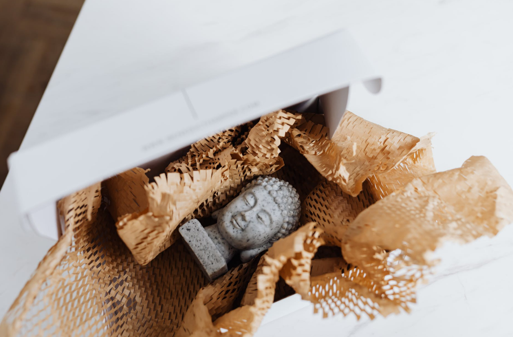 Packaging box will preserve the items originality